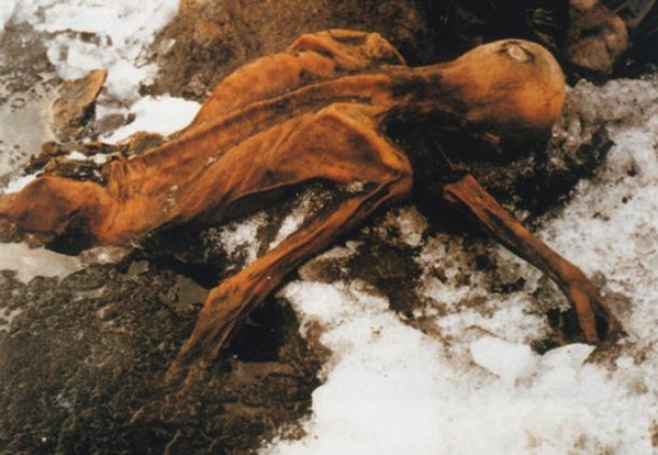 Discovering of the body of otzi the Iceman